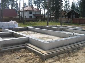 Фундамент - плита с ростверком