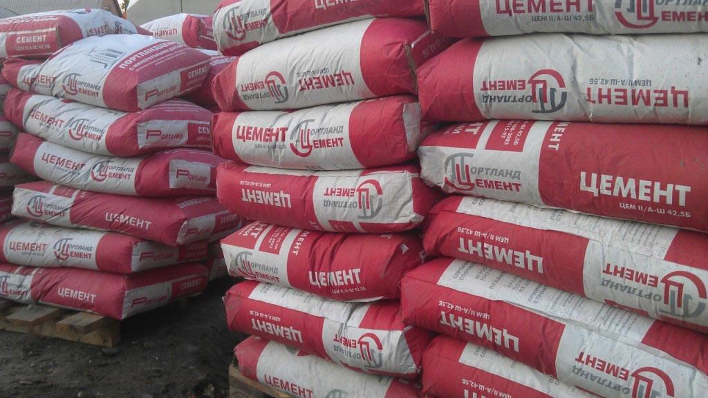 Делать расчеты с мешками гораздо проще, чем брать насыпной цемент или песок - проверено на практике.