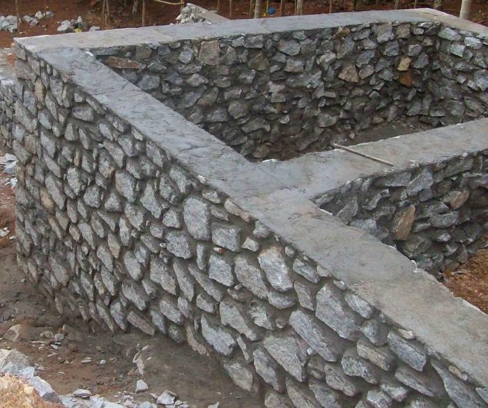 Фундамент из бутовых камней своими руками видео