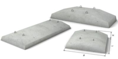 Трапециевидные бетонные блоки для сборного ленточного основания.