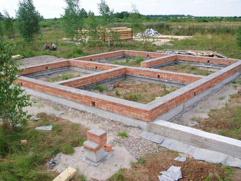 Чтобы узнать, сколько стоит построить основание для постройки 6 на 6 квадратных метров, необходимо определить количество материалов.