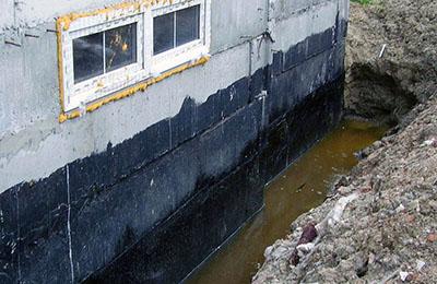 На фото показано затопление осадочными водами.