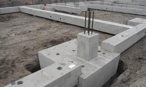 Монтаж фундаментных балок