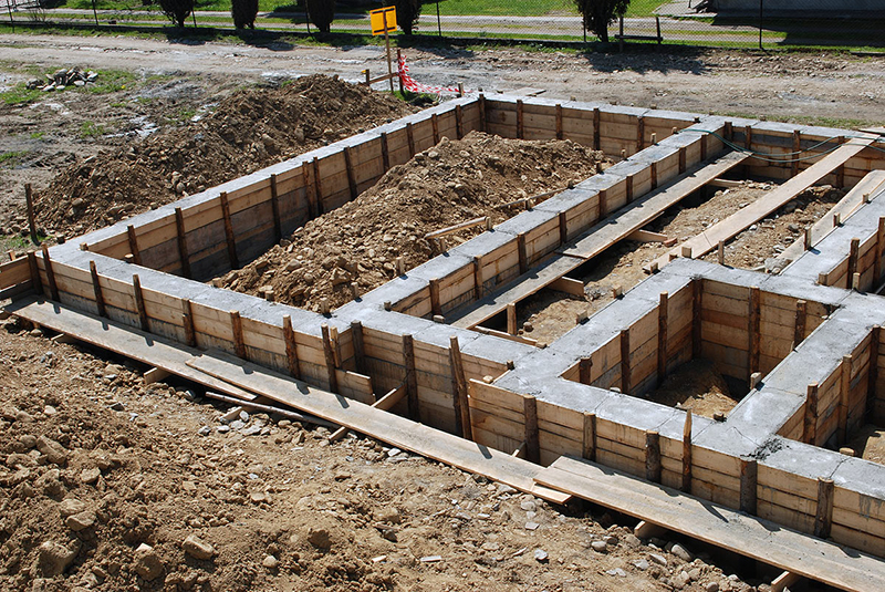 Ленточный фундамент для дома с подвалом